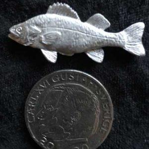 pin pins abborre tennsmycke arcticart arcticarts örjansfiske