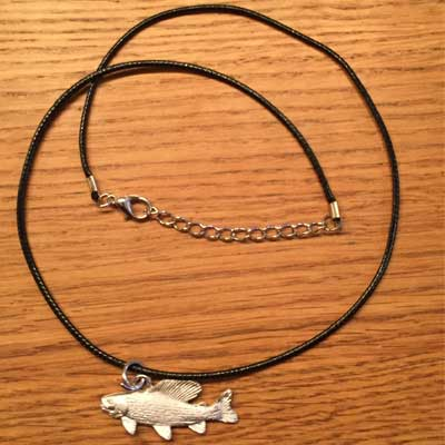 halsband harr arcticart örjansfiske tennfigur Lappland smycke