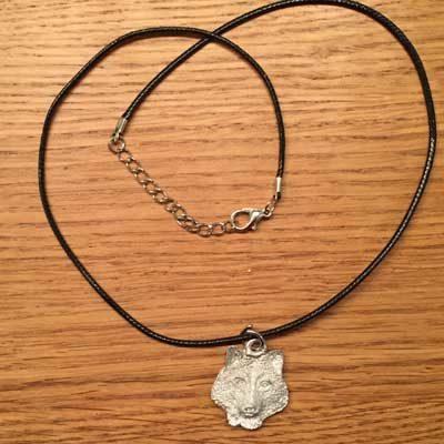 halsband varghuvud halsband uggla arcticart örjansfiske tennfigur